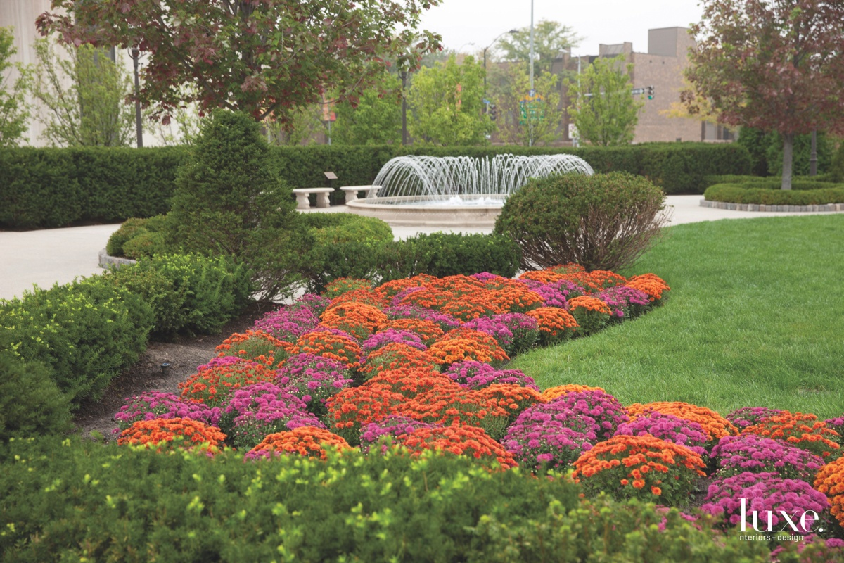 Stroll Through Chicago S Gardens With Douglas Hoerr Luxe
