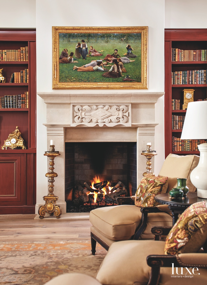 traditional living room red and...