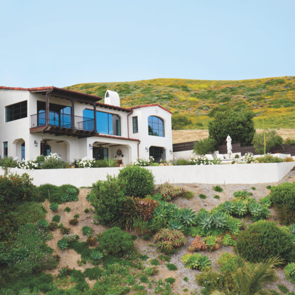 Old World Meets New In A Laguna Beach Home