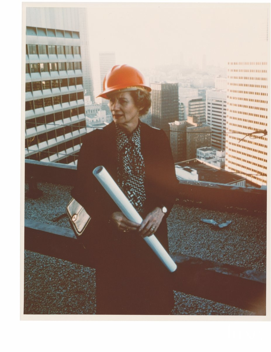 LX_CA48_Scene_BW-1_Willis in Hard Hat,1982_color