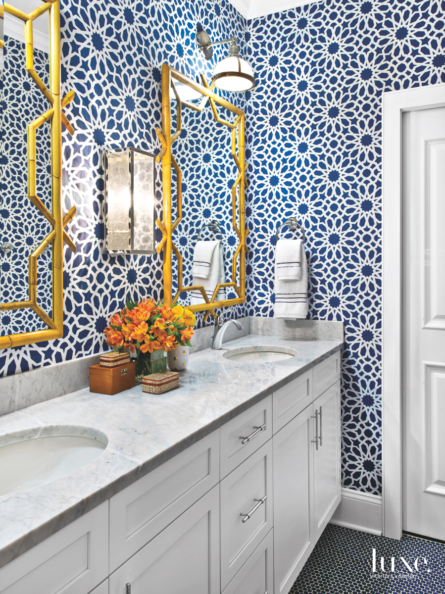 modern bathroom blue flower wallpaper...
