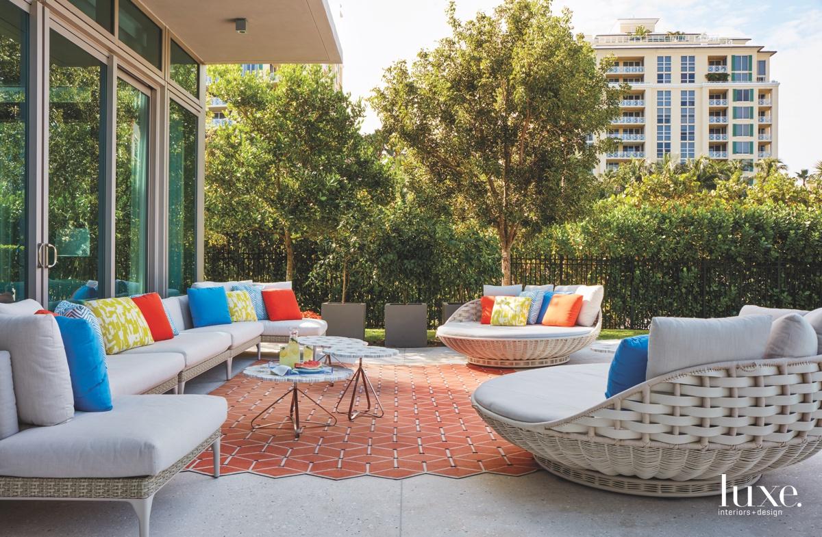 contemporary patio outdoor sitting area...