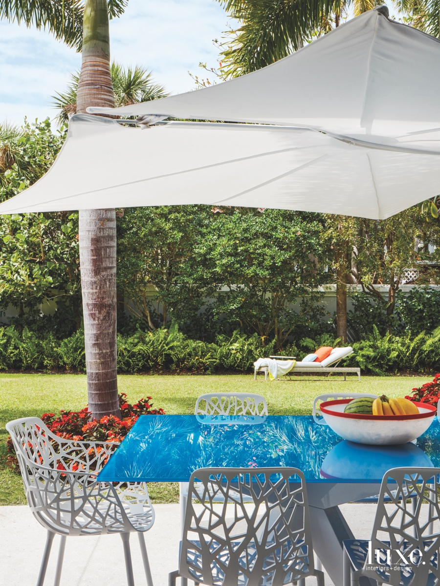 contemporary outdoor blue dining table