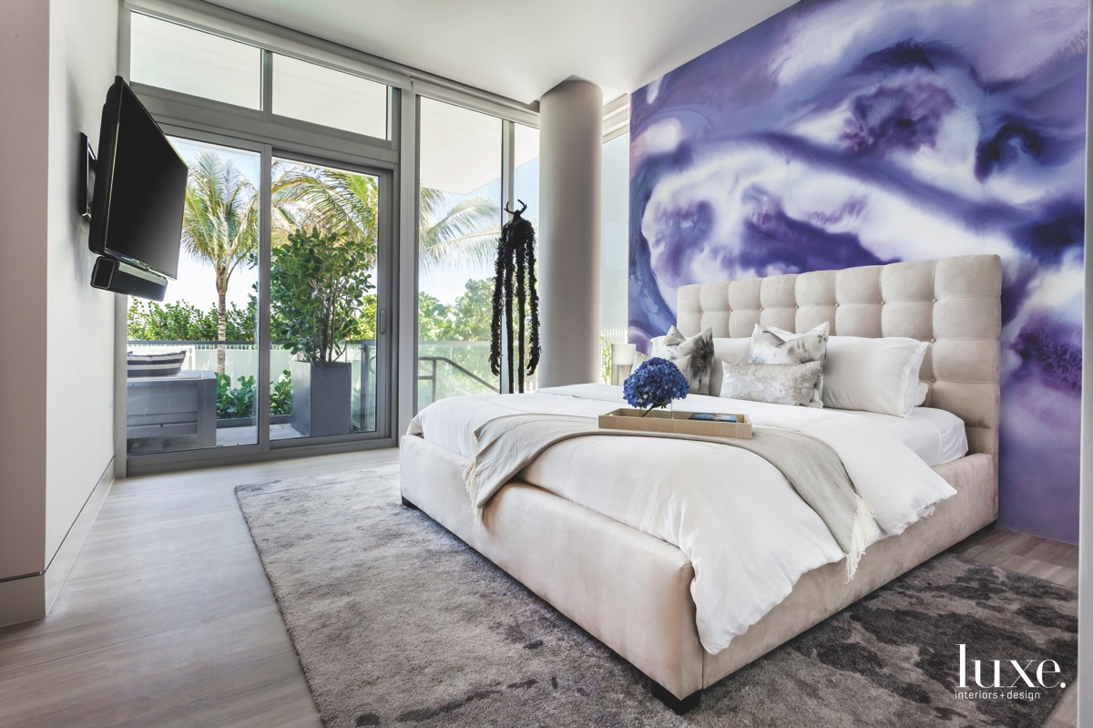 contemporary bedroom purple wallpaper