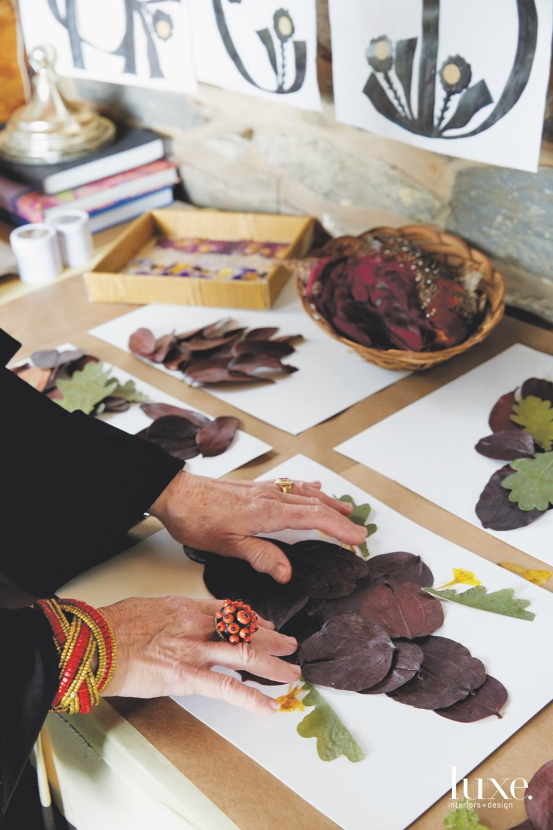 McEvoy sources the natural materials she uses for her hand-pressed floral arrangements on paper from her own backyard and beyond.