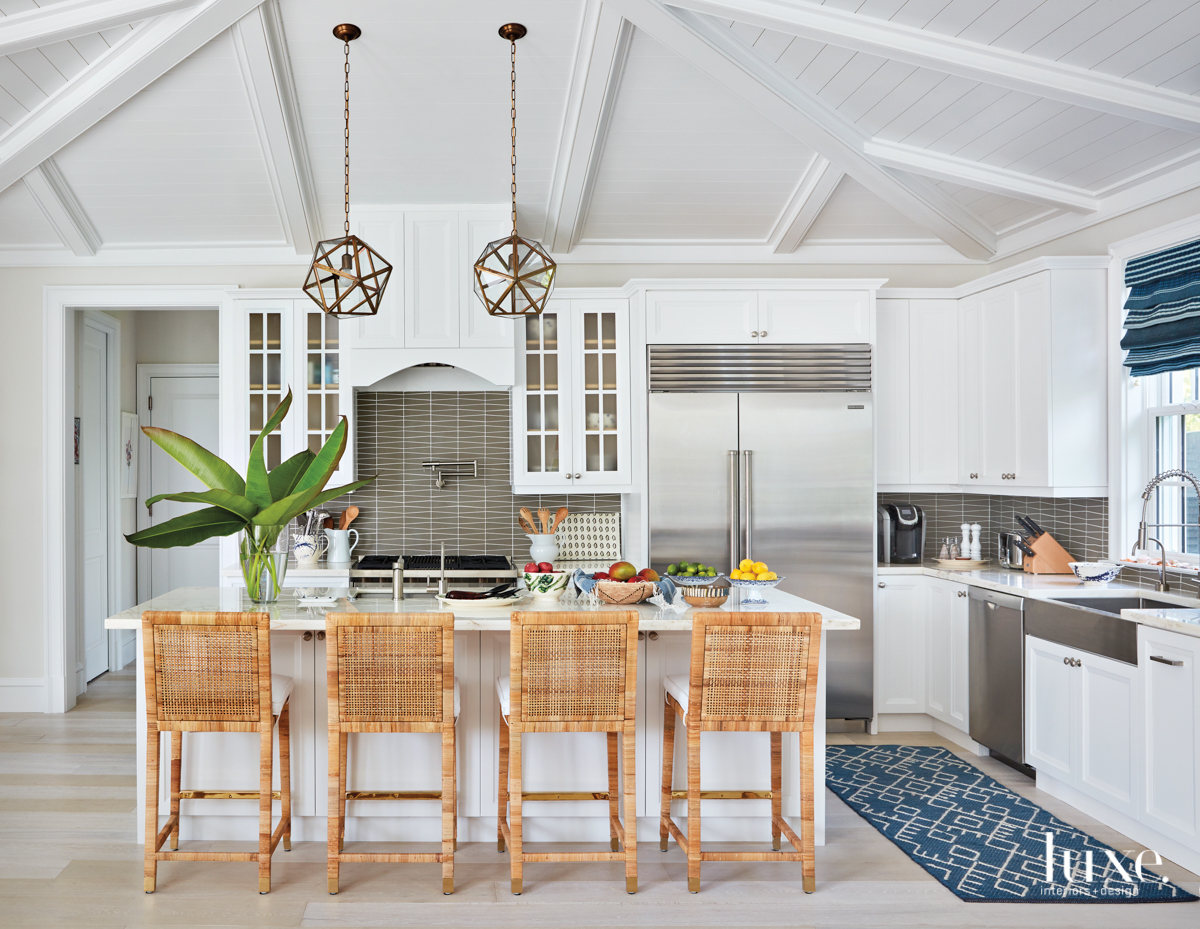 Tour A Cheerful Palm Beach Home With Patterns That Pop {Tour A Cheerful Palm Beach Home With Patterns That Pop} – English