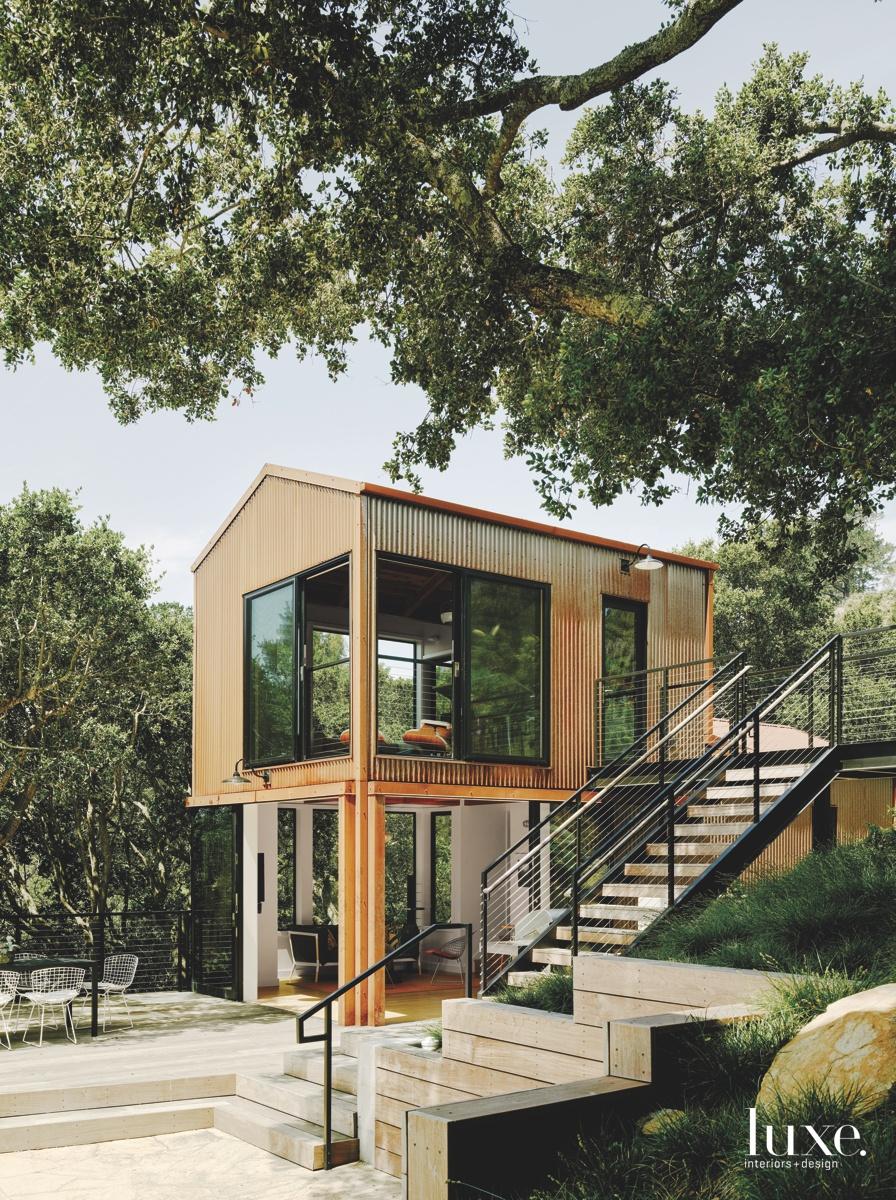 midcentury modern guesthouse second-floor studio...