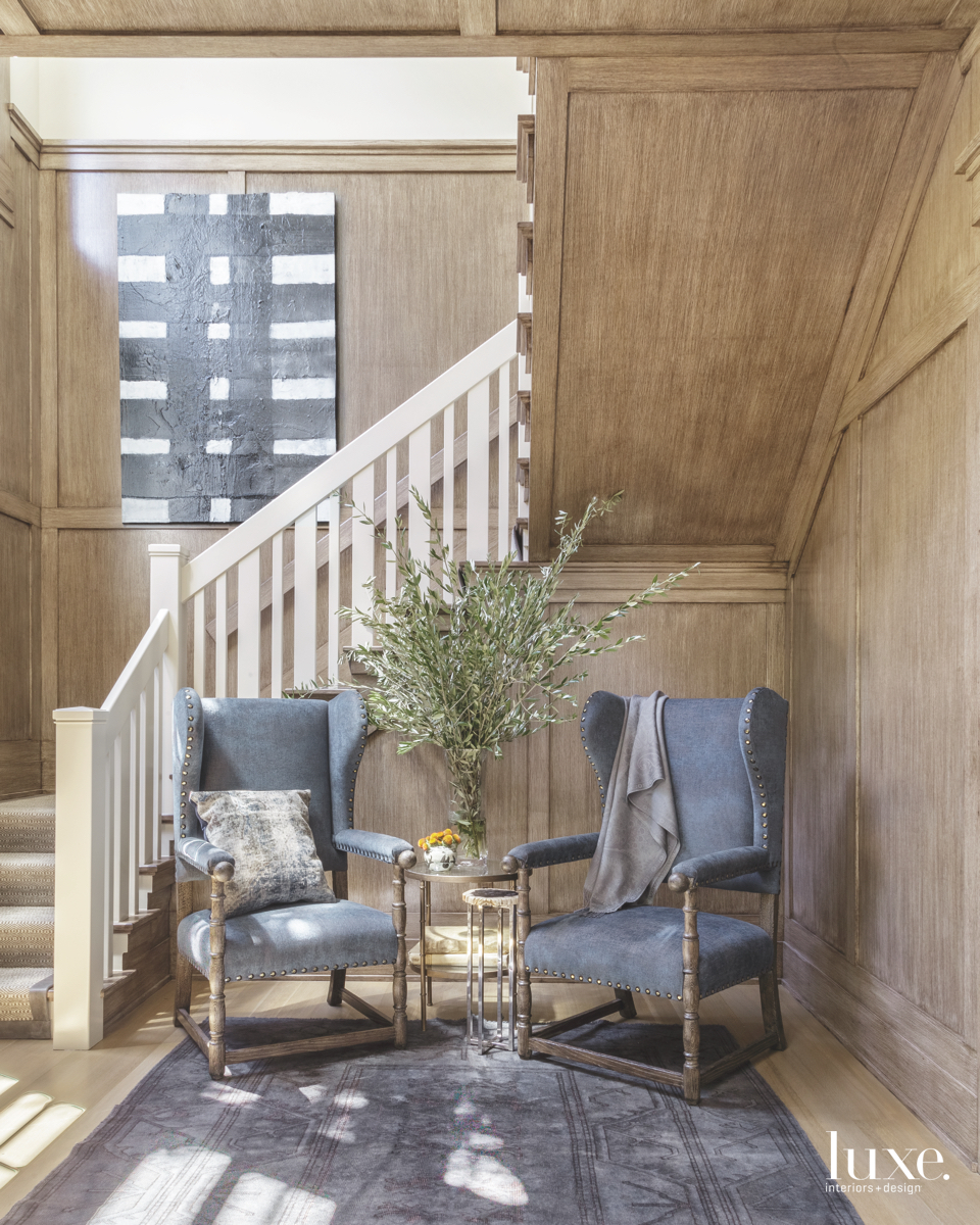 contemporary sitting area staircase neutral