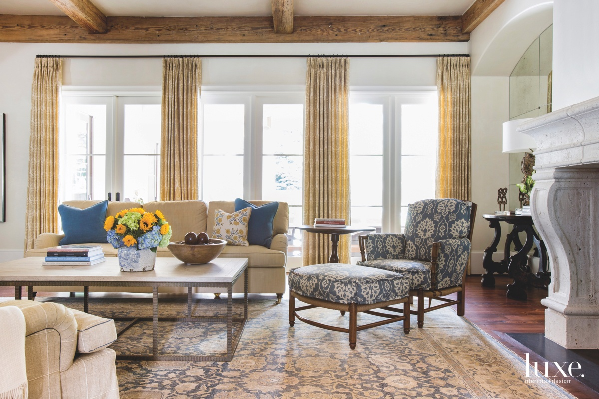 traditional family room blue yellow...