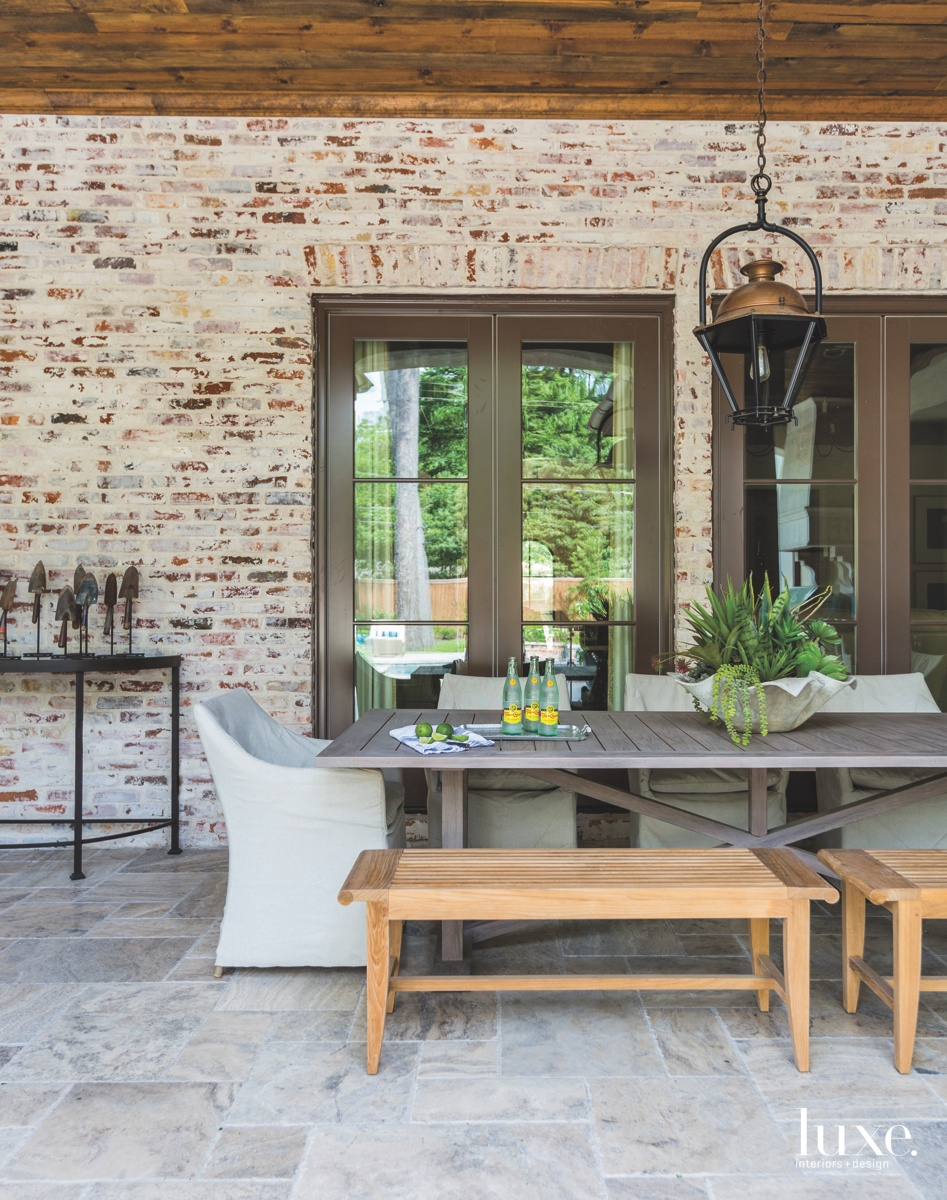 traditional outdoor dining area neutral