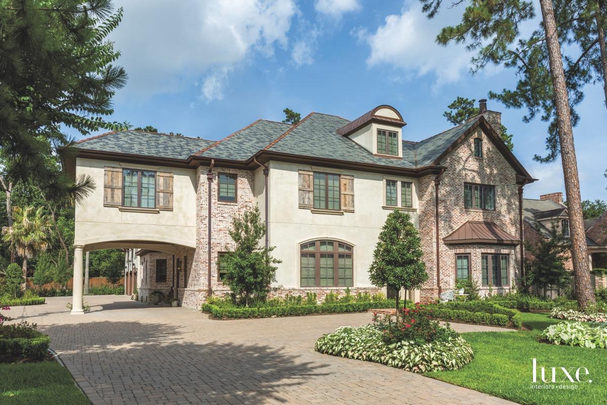 traditional exterior landscape brick Houston