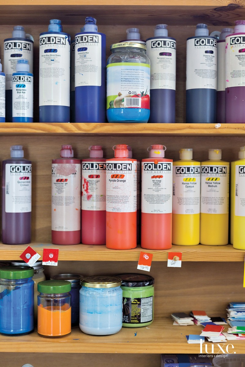 Parazette's paint of choice is Golden Fluid Acrylics, which he mixes to achieve the colors he desires.