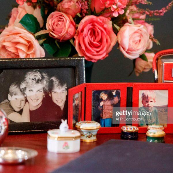 Get A Rare Glimpse Of Princess Diana's Desk