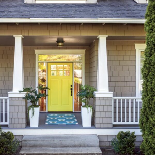 16 Colorful Doors That Add Personality To Your Home