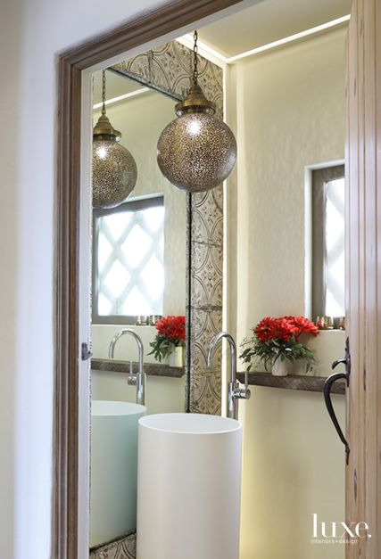 22 Eclectic Powder Rooms To Refresh Your Style Game