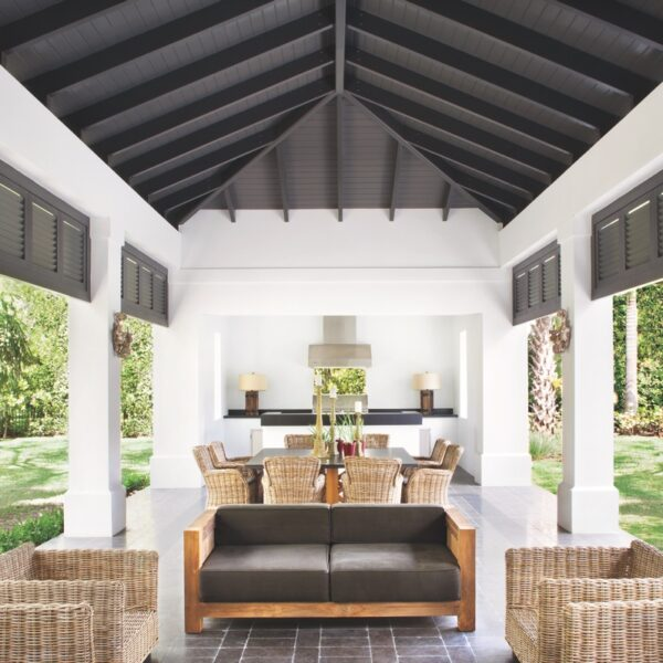 3 South Florida Spaces That Bring The Outdoors In