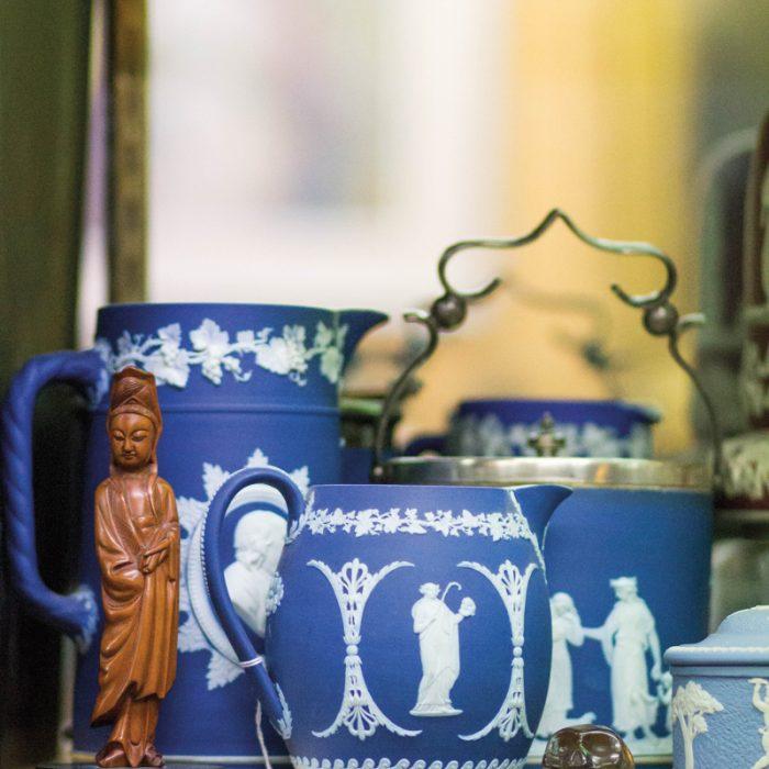 3 Arizona Showrooms That Offer Unique Antique Finds