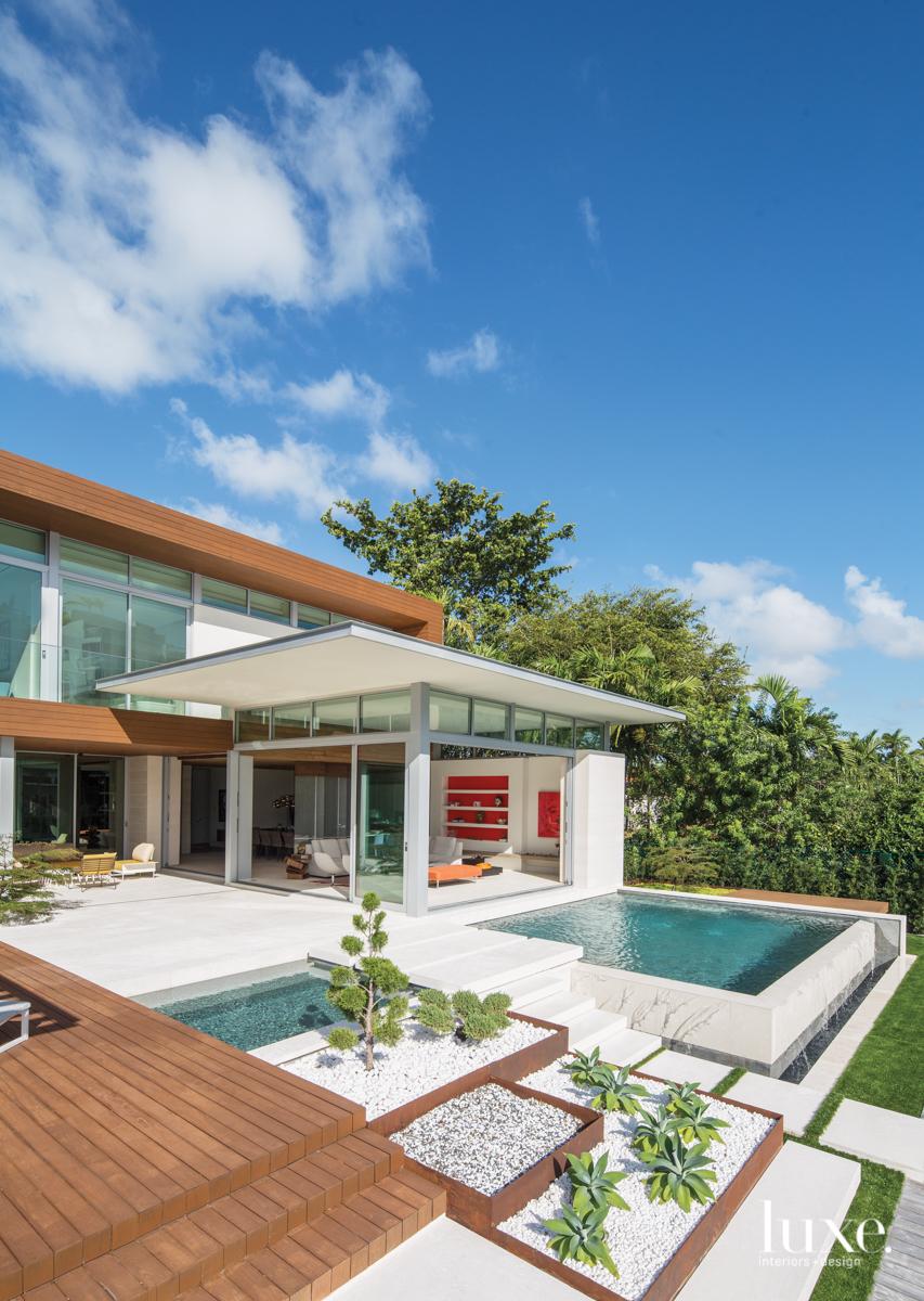 inner courtyard pool