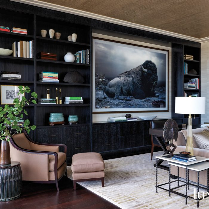 Glamour Reigns Supreme In A Chicago Pied-A-Terre {Glamour Reigns Supreme In A Chicago Pied-A-Terre} – English