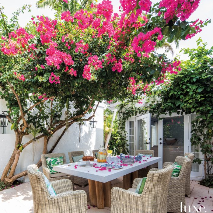 11 Outdoor Spaces Ideal For Dining Alfresco