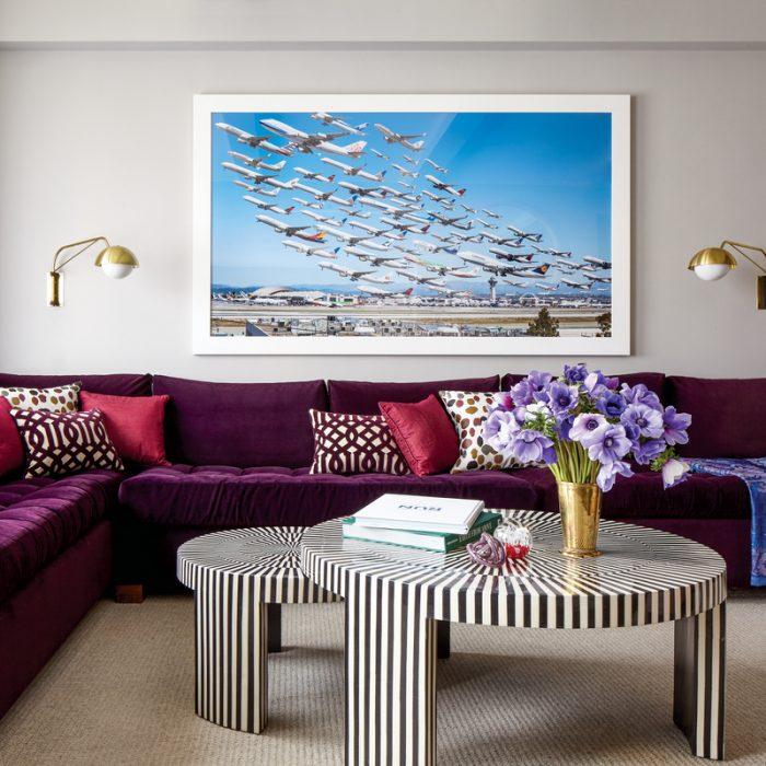 13 Velvet Furnishings That Instantly Make A Room Chic
