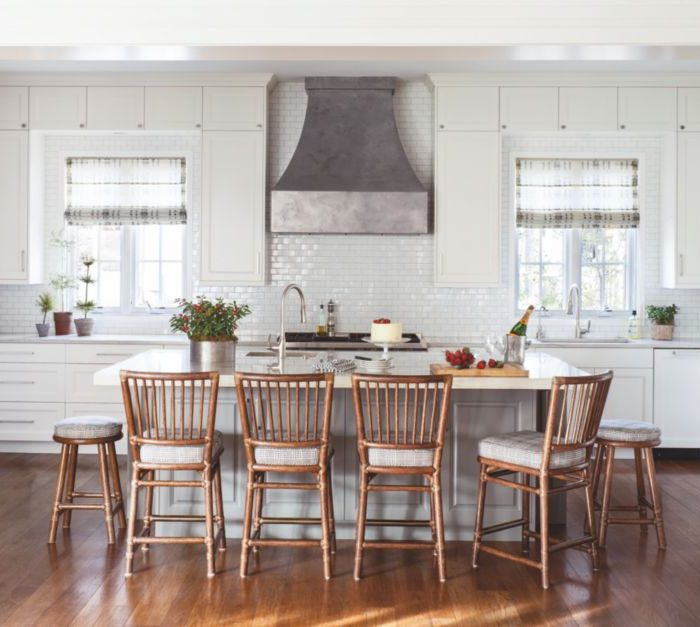 15 Kitchens Ideal For Cooking A Big Family Dinner