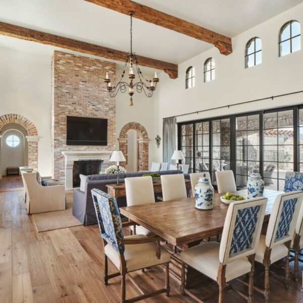A Refined Take On Rustic Materials Shines In Scottsdale