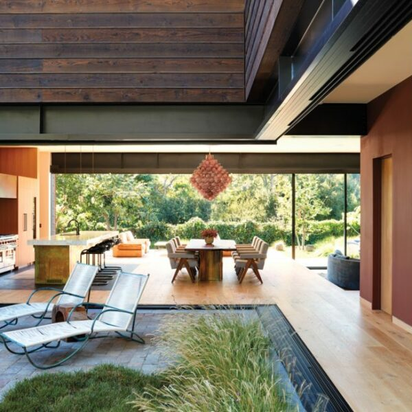 In Rustic Canyon, A Warm Home With A Treehouse-Vibe