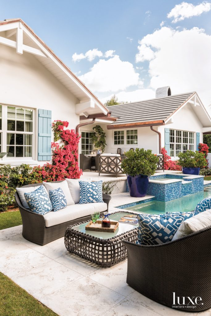 The Cheery Palm Beach Vacation Home You'll Want To Winter In