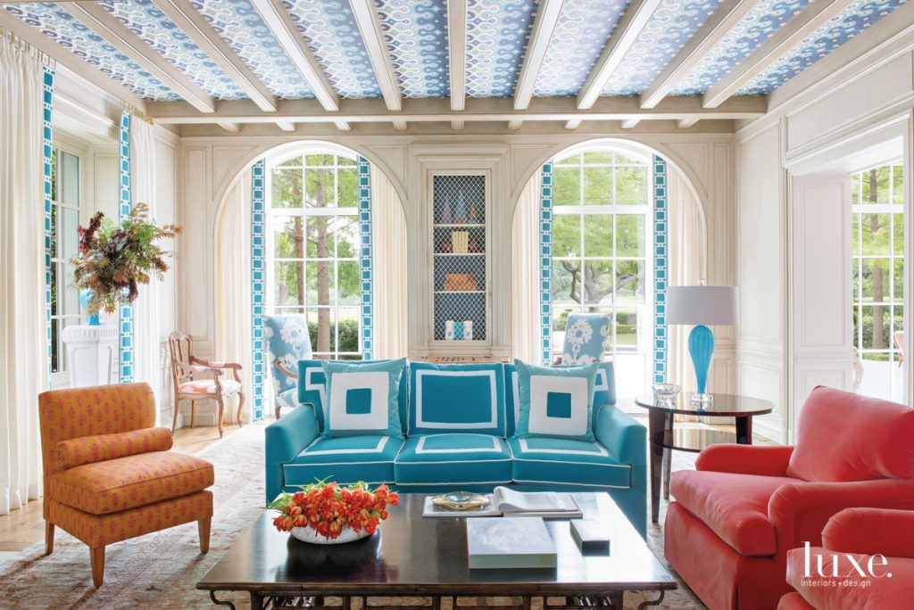 Splashes Of Color And Pattern Update A Dallas Abode Luxe Interiors Design