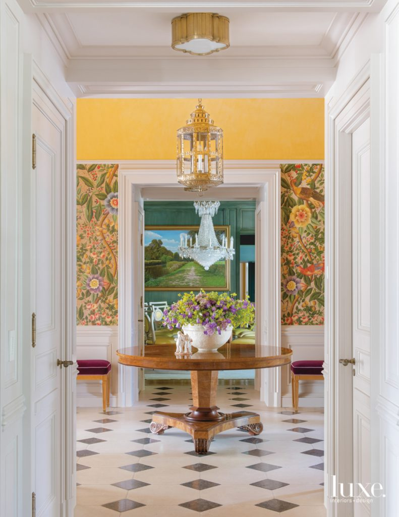 Splashes Of Color And Pattern Update A Dallas Abode Luxe