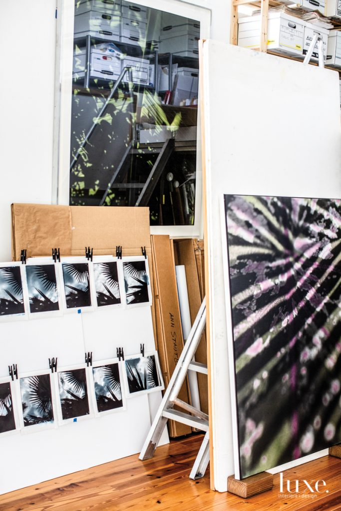 Stautberg often prints digitally scanned film negatives onto canvas and hand-colors them with translucent oils.
