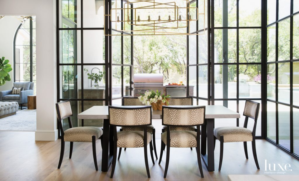 breakfast room dining table with...