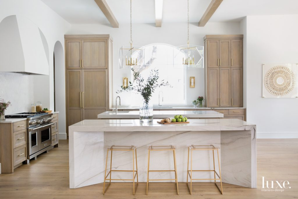 wood white kitchen quartzite island