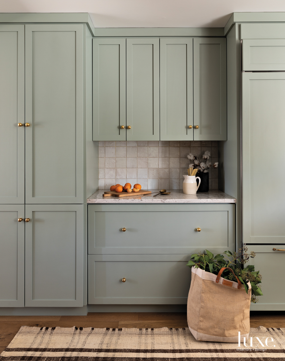 kitchen cabinet benjamin moore oil...