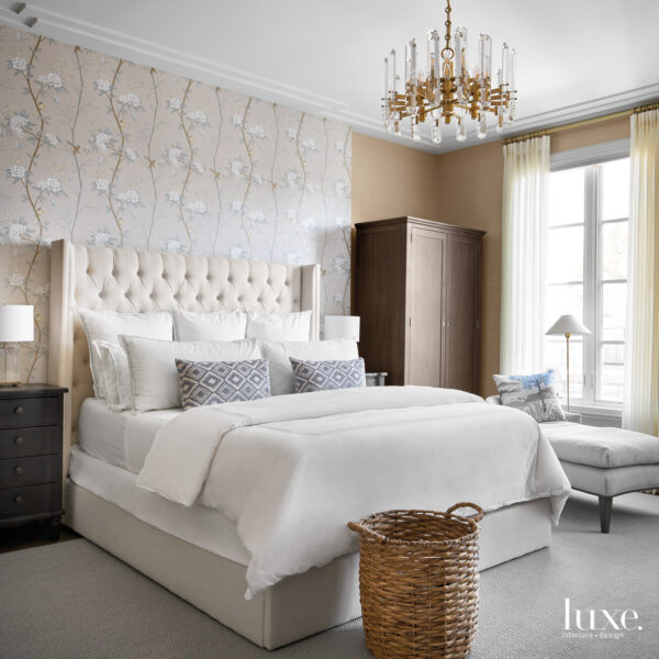 Who Says A Family-Friendly Home Can't Have Glam Accents? This Chicago Abode Gets It Right. master bedroom with lee jofa floral statement wall and sisal grass-cloth wallcovering