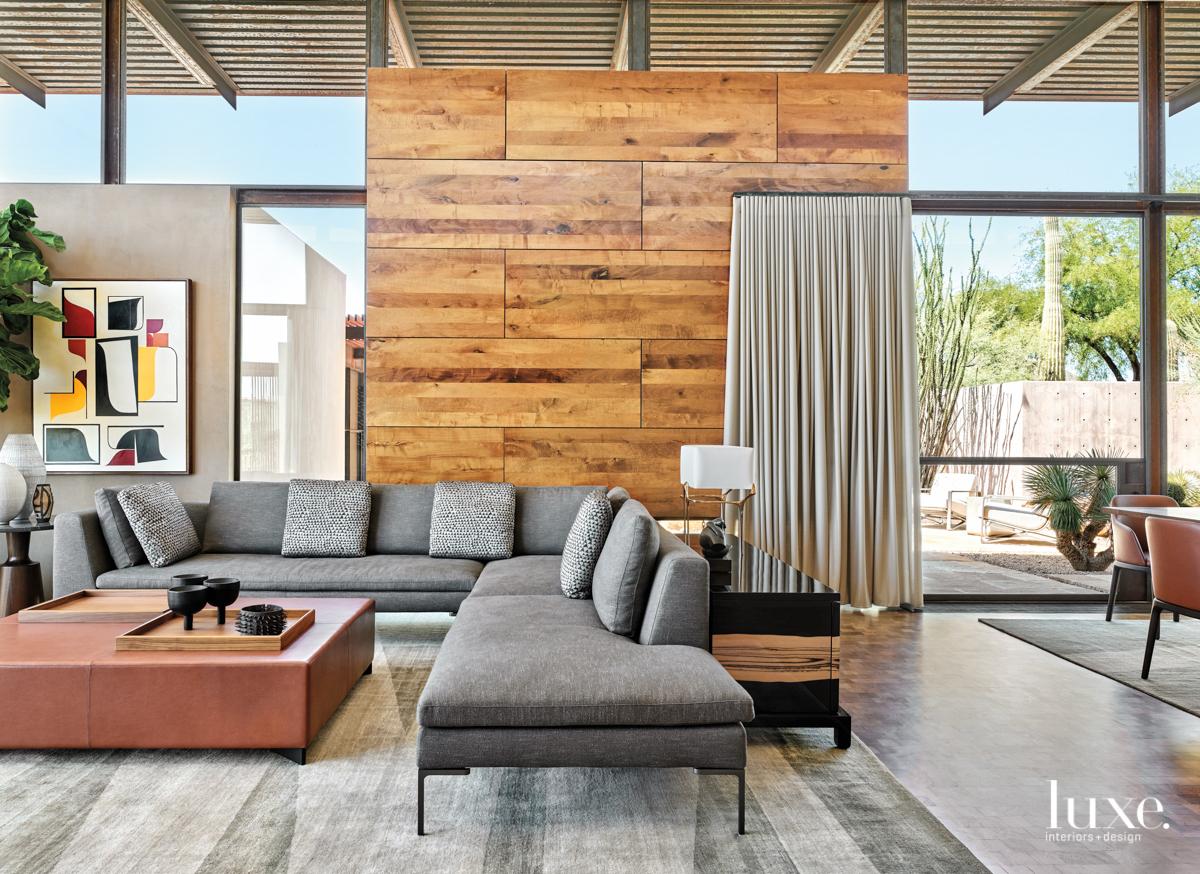 Living room with minimalist furnishings...