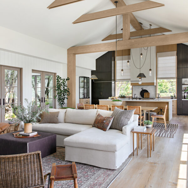 An Intimate Newport Beach Abode Embraces A Modern Farmhouse Look With Organic Touches