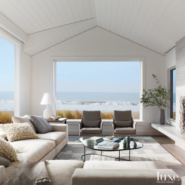 That Seaside Feeling: Enjoy The Beach Without Stepping Outside Of This California Abode