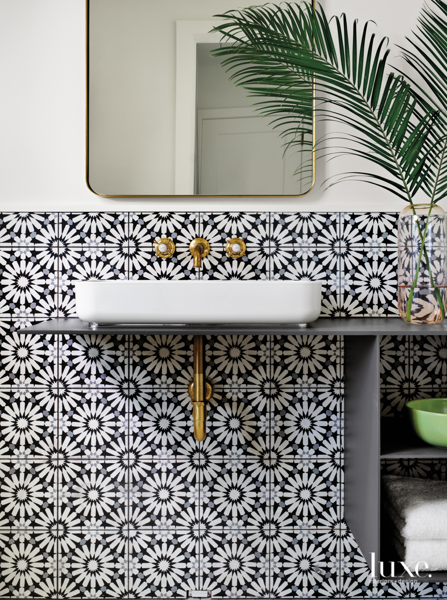 Guest bathroom with Mosaic House...