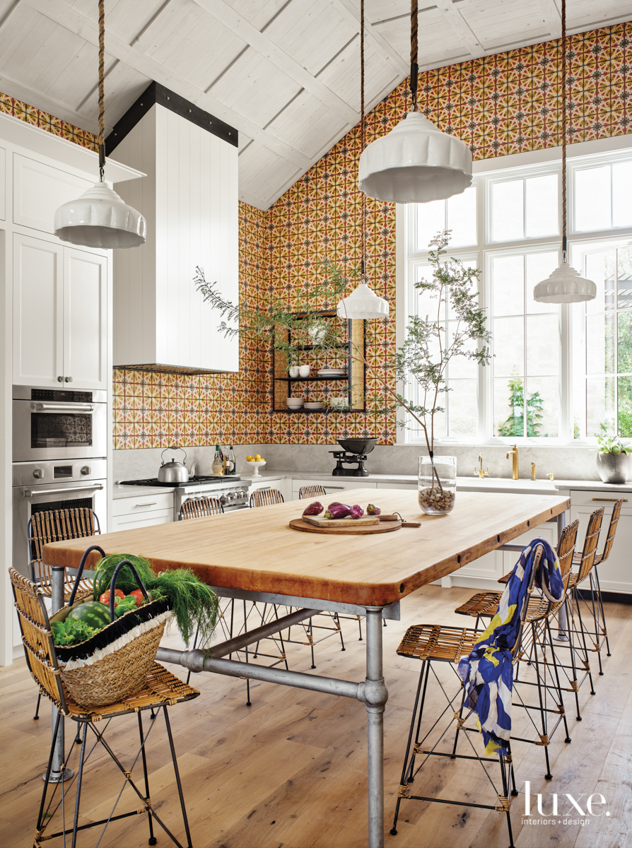 Colorful kitchen with handmade Tabarka...