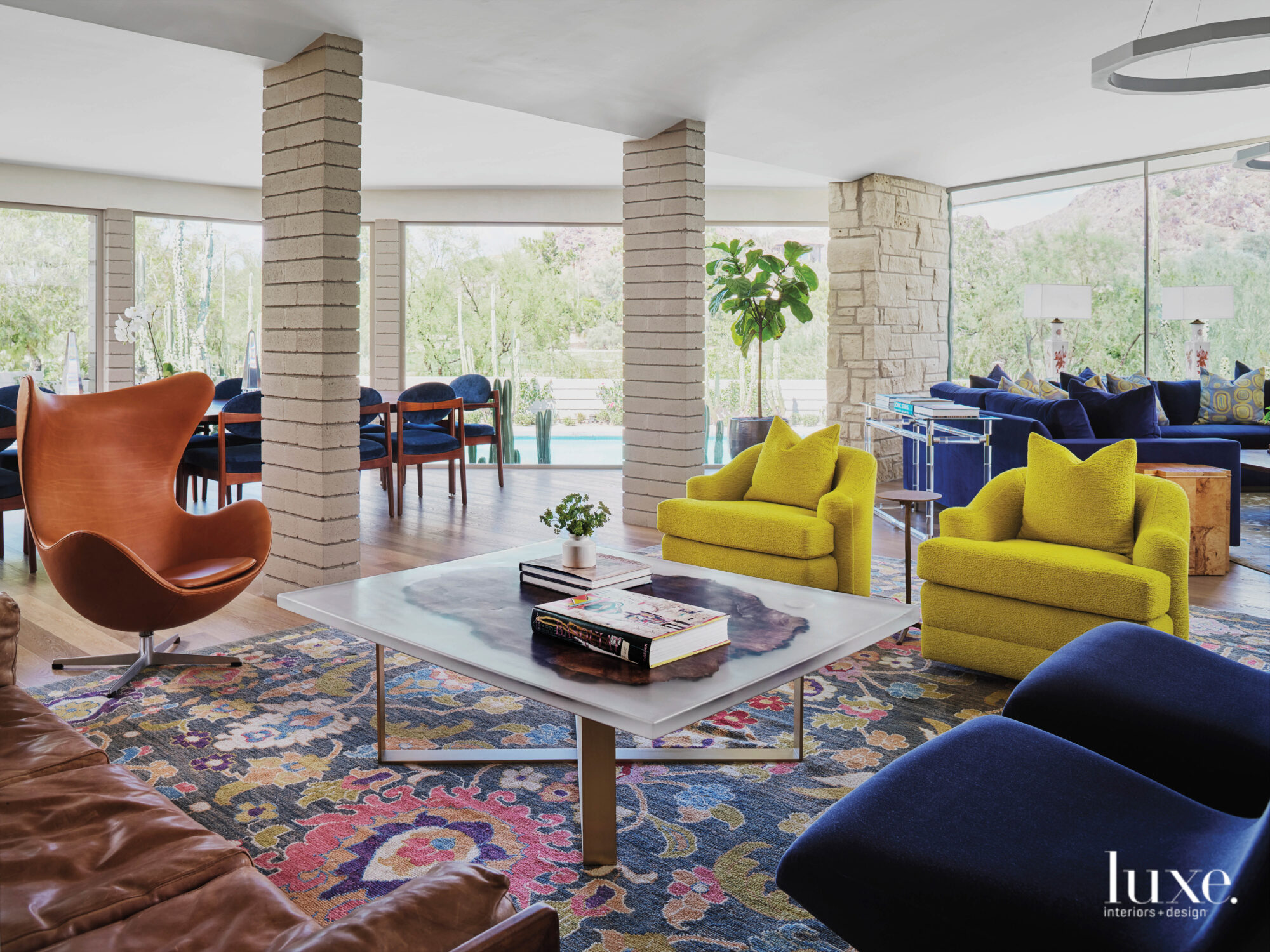 Midcentury Modern Gets A New Twist In An Arizona Abode All About Geometry