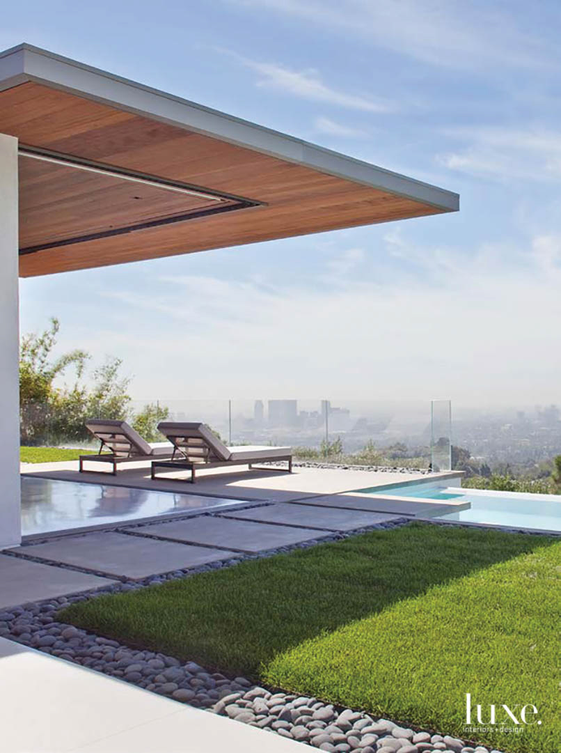 Outdoor area in California Homes II book