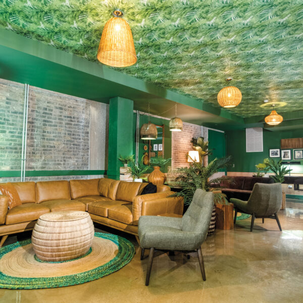 The Draper's Tiki Lounge Offers A Taste Of Palm Springs For These Chicago Residents