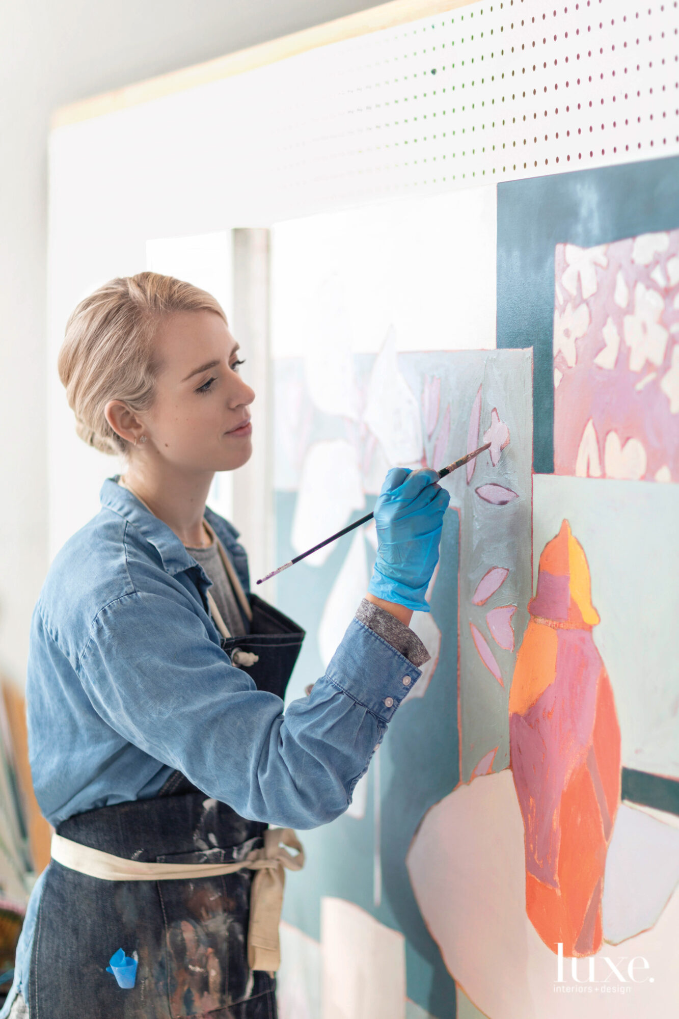 With A Studio Full Of Sprigs And Petals, Painting Florals Is Second Nature For This Dallas Artist