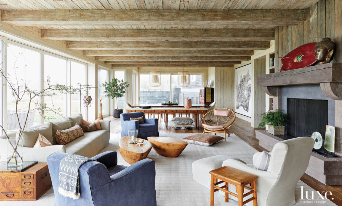 Comfortable Intimacy Is The Theme Of A Casual Hamptons Beach House That Encourages Relaxation