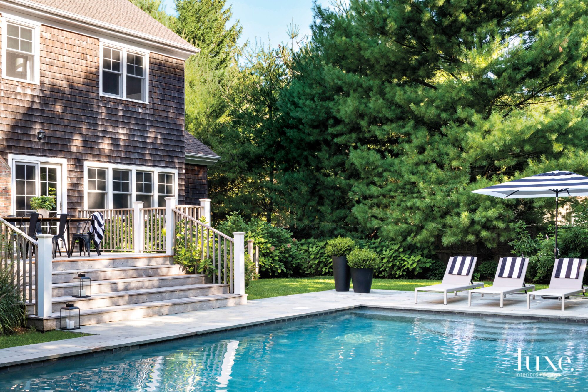 hamptons cottage exterior pool