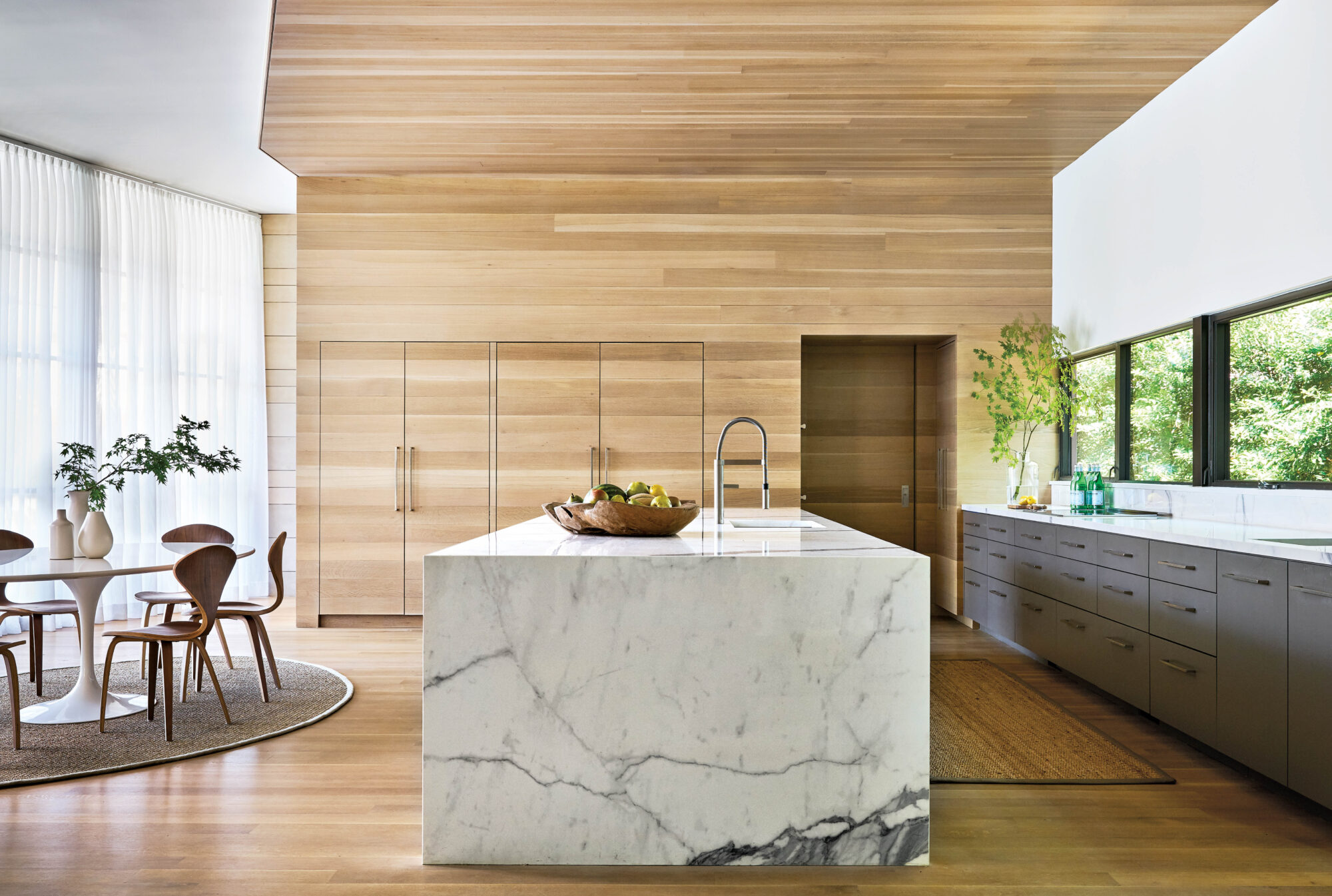 marble island neutral kitchen