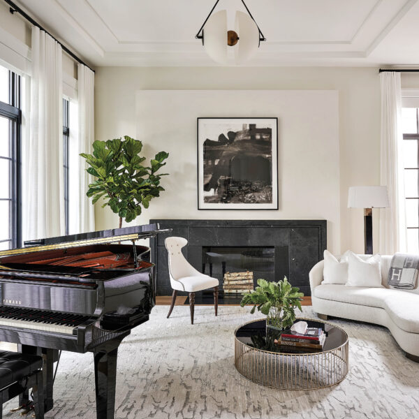 Behold The Power Of Neutrals In This Chicago Home With Touches Of Glamour