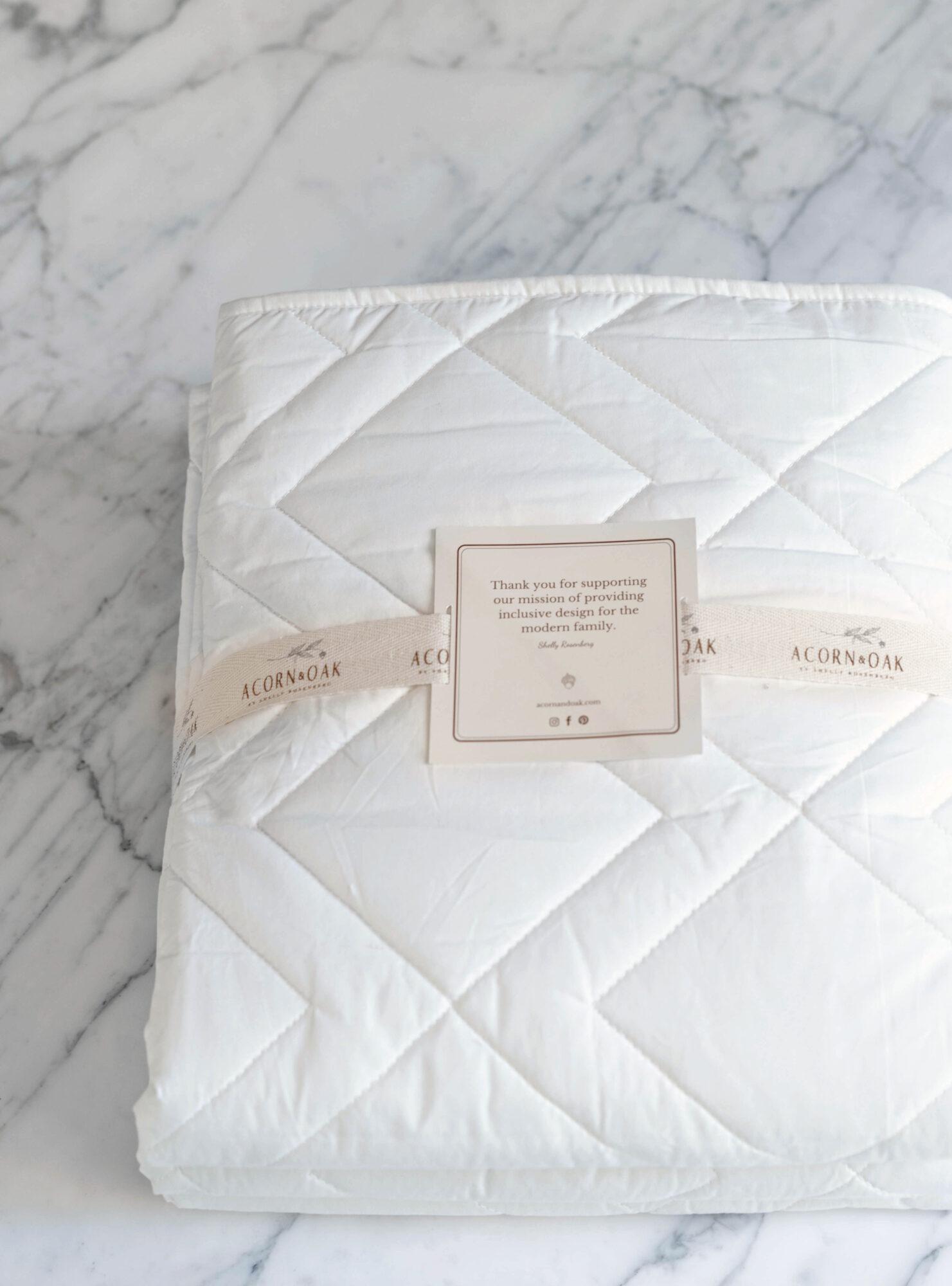 acorn & oak white bedding